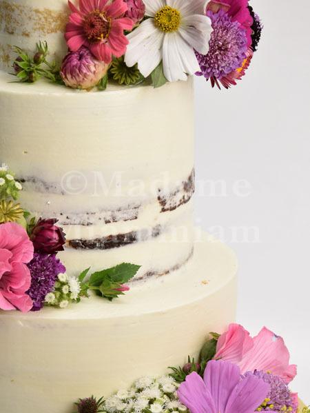 Tweedy Naked Cake Wald Wiesenblumen